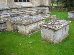 Leadenham, St Swithin, Gravestones