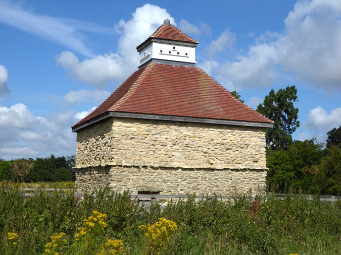 August 2018 - Haddington Dovecote